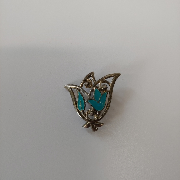 Vintage Jewelry - Vintage silver and turquoise enamel pin brooch